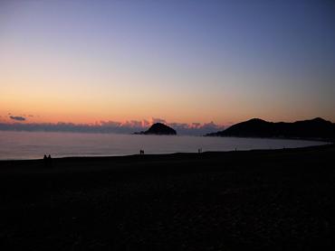 大里松原海岸日の出前